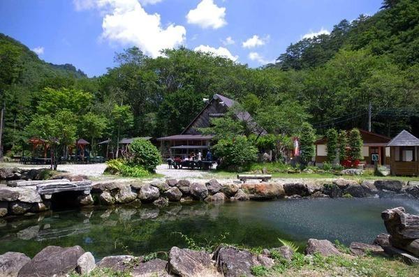 ナラ入沢渓流釣りキャンプ場