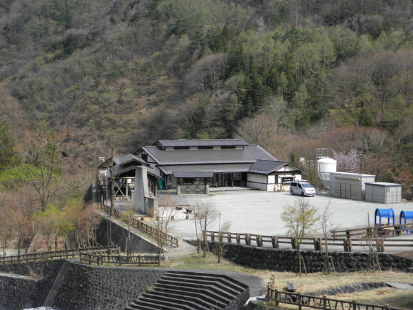 金山沢公園・温泉 バーベキュー場