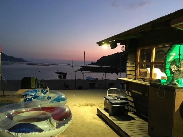 海の家 スリーシェル in ビーチ長浜