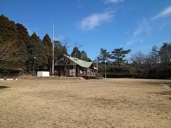 フィールドアート 栗野岳ログキャンプ村